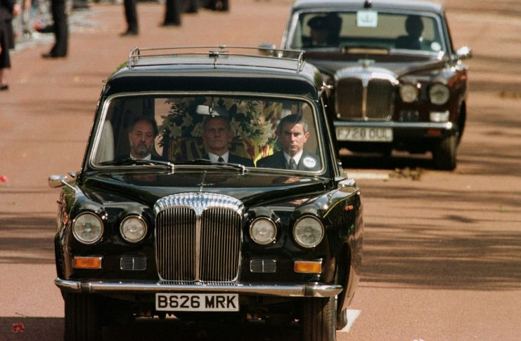 THE HEARSE TAKES DIANA TO HER BURIAL